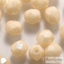 Luster Opaque Beige - 40 db - 4 mm csiszolt gyöngy (LC02010)