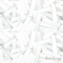 Opaque White  - 10 g - Toho szalma gyöngy 9 mm (41)